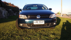 Vw Vento 2.5 Manual Año 2013