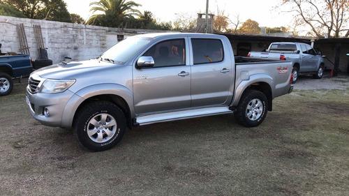 Toyota Hilux 3.0 Cd Srv Limited Tdi 171cv 4x4 2015