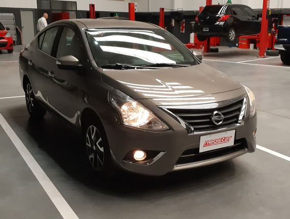 Nissan Versa 1.6 Exclusive At
