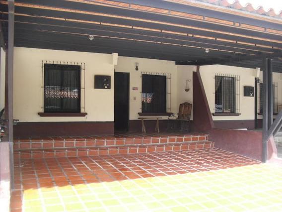 Casa En Venta Intercomunal Cabudare - Acarigua. #20-180 As
