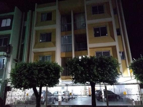 Apartamento Em Conceito Aberto 5 Quadras Da Praia De Itapuã