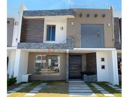Venta De Casa A Minutos De Plaza Explanada Y Carretera México-pachuca. Residencial Platinum
