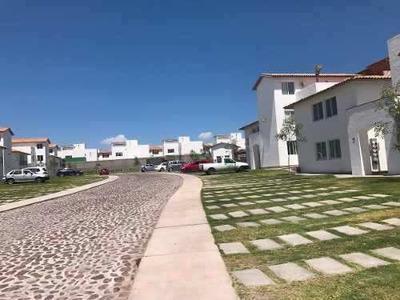 Se Renta Casa Duplex Planta Baja Las Condes Corregidora Qro.