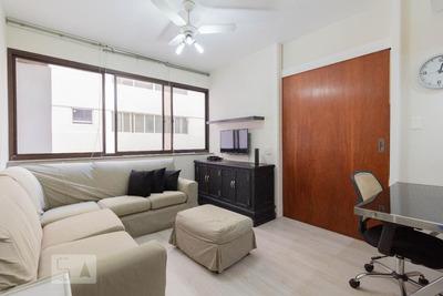 Studio No 10º Andar Mobiliado Com 1 Dormitório E 1 Garagem - Id: 892936244 - 236244