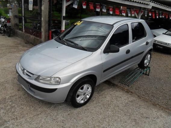 Chevrolet Celta 1.0 Mpfi 8v Gasolina 2004.