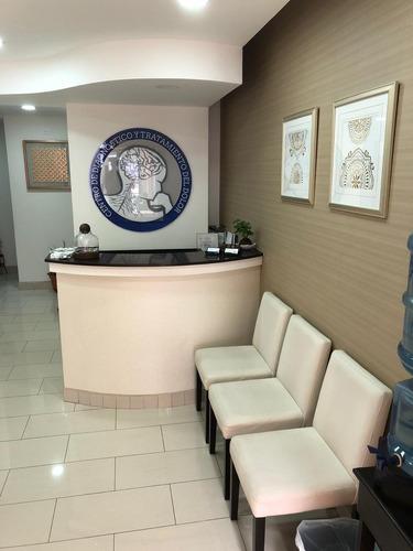 Edificio Médico Equipado 565,23m2. Diagonal Clinica Biblica