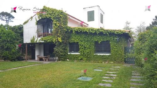 Hermosa Casa En Venta Y Alquiler De Verano - Ref: 7893