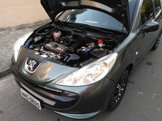 Peugeot 207 Passion 1.4 Xr Sport 10 Anos Flex 4p 2011