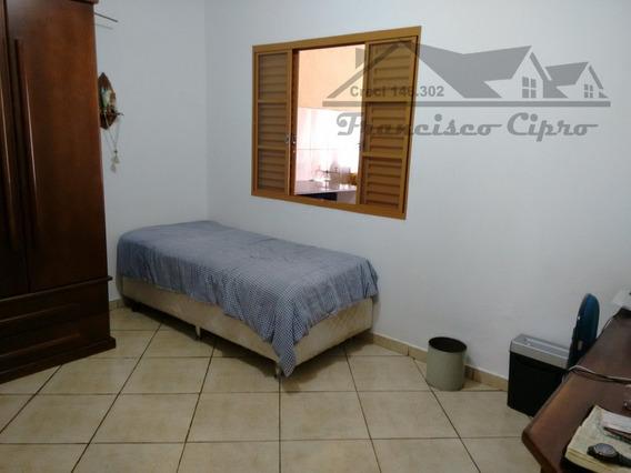 Casa A Venda No Bairro Nova Guará Em Guaratinguetá - Sp. - Cs202-1