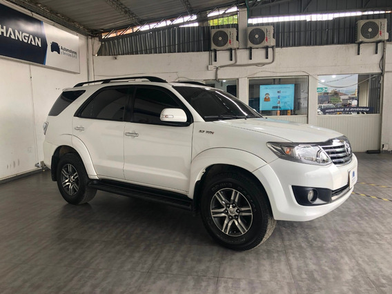 Toyota Fortuner 4x2 Gasolina Modelo 2014