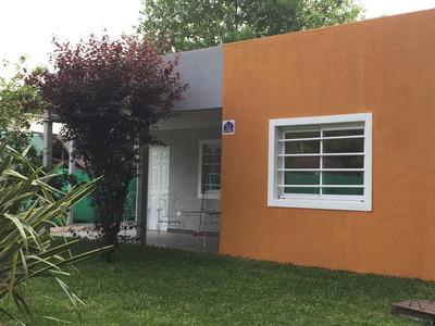 Casa De 4 Ambientes Con Baño,garaje Y Porsche