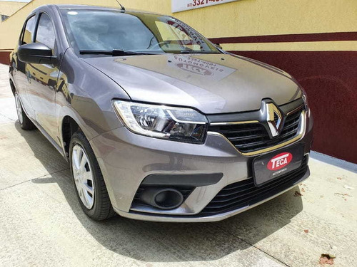 Renault Logan Life 1.0