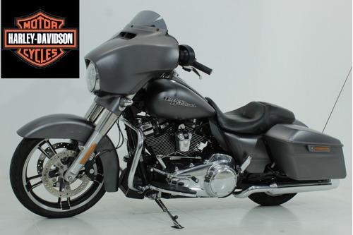 Harley Street Glide Special