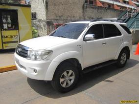 Toyota Fortuner 2008