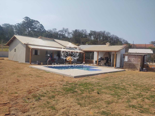 Imagem 1 de 14 de 1.000 M², Em Construção, 03 Suítes, Churrasqueira E Piscina!