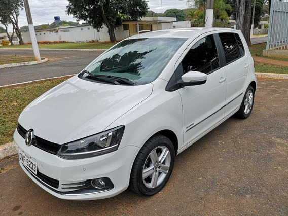 Volkswagen Fox 1.6 Highline 16v - Carro Único Dono.