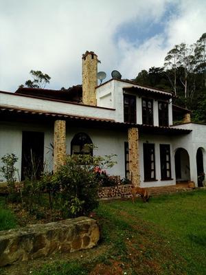 Casa Campestre Alto Dapa - Yumbo