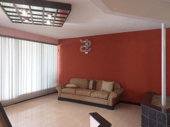 04145725250 Cod-20-18076 Apartamento En Venta Centro De Coro