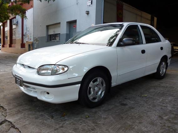 Hyundai Accent 1.5 Gls 2000 Con 159mil Km 5p Unico!!!