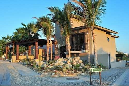 Hogar De 4 Recámaras En Venta En Exclusivo Desarrollo Club Campestre En San José Del Cabo - Villa Coco