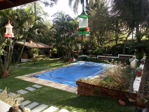 Bela Chácara 1.600 M² Em Condomínio Fechado - Cód.c332