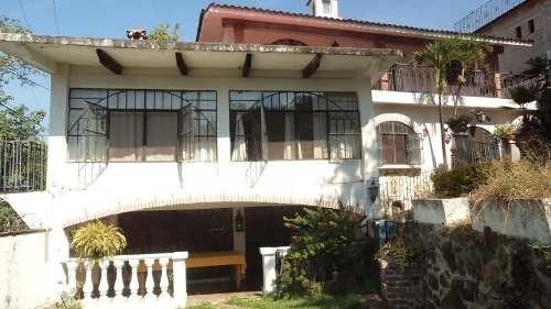 Casa Sola En Colonia Satélite 1ra. Sección. Vista Panorámica Hacia El Parque Chapultepec Cuernacaca.