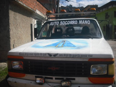 Caminhão Guincho D40 Plataforma Fixa / Pronto Para Trabalhar