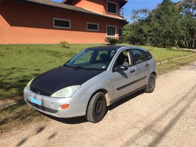 Focus Hatch 1.8 Prata Em Otimo Estado, Carro De Mulher