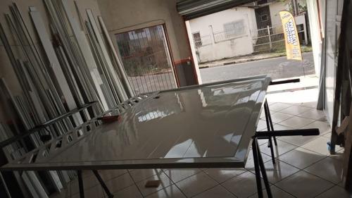 Imagem 1 de 1 de Manutenção Em Portões