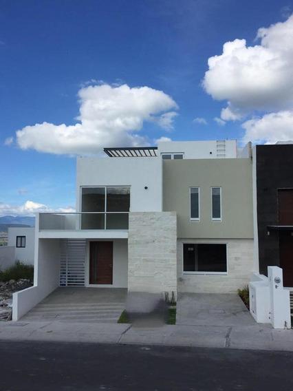 Casa En Venta Queretaro Zibata Lujosa Y Con Amplios Espacios Roof Garden