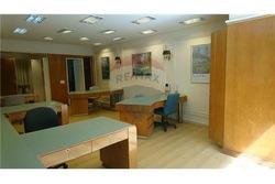 Oficina/ Patio Propio/ Cerca De Galería Pacífico.