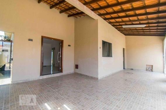 Casa Com 3 Dormitórios E 3 Garagens - Id: 892983744 - 283744