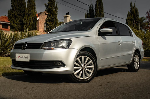 Volkswagen Gol Sedan - Motorland Permuto / Financio