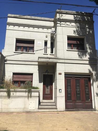 Imagen 1 de 14 de Casa En Venta En La Plata
