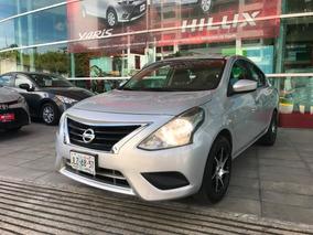 Nissan Versa Sense Aut 2015 Plata