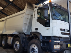 Iveco Trakker 420 8x4 Caçamba 20m³