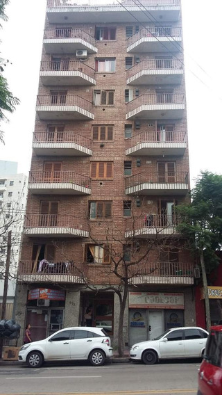 Departamento De Un Dormitorio Con Balcón