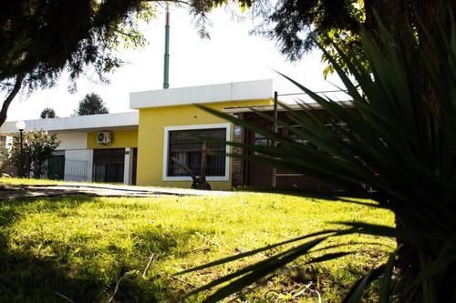 Arteaga Hill Vende: Hermosa Y Amplia Propiedad En Colon