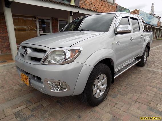 Toyota Hilux 2.7cc Mt Aa