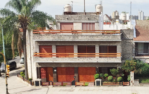 Imagen 1 de 30 de Venta Casa 5 Ambientes Terraza Parrilla V. Lugano