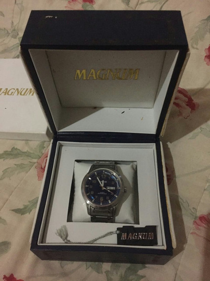 Relógio Magnum R3 Em Perfeito Estado Aprova De Água Na Caixa
