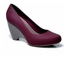 Sapato Scarpin Lais Romani Vinho/dove E Preto/lima
