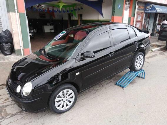 Polo Sedan 2005 1.6 Total Flex 4p Preto