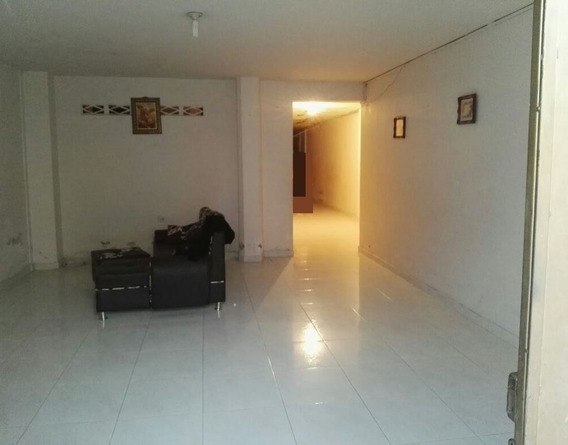 Casa Vencambio 2 Niveles Cartago 195 M²
