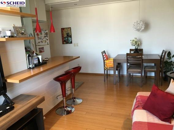 Apartamento Com Arrmários Embutidos. Cozinha Americana, 02 Dormitórios, 01 Suíte, 01vaga,65m. - Mc3335