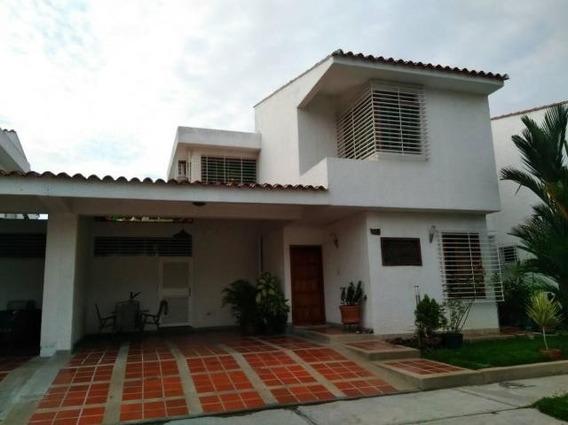 Apartamento En Venta En Trigal Norte Valencia 20-1341 Gav