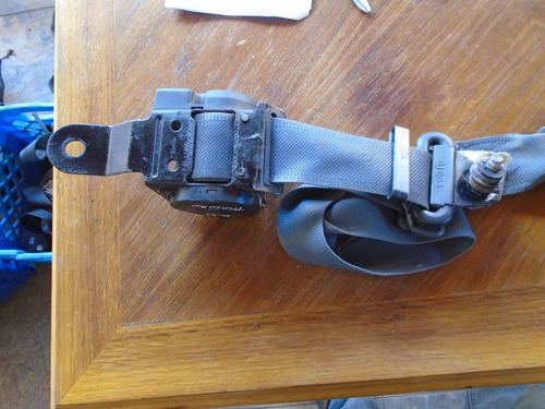 Vendo Cinturon De Seguridad De Nissan Terrano, Año 1992