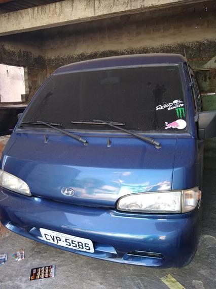 Hyundai H100 2.6 Gl 4p 2000/2001 C/ 12 Lugar