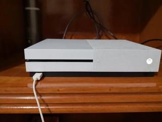 Xbox One S 1tb Y 5 Juegos