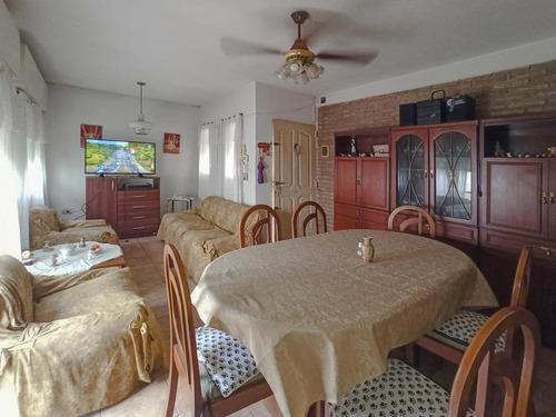 Imagen 1 de 18 de Pasillo Con 2 Dormitorios Con Patio Y Terraza